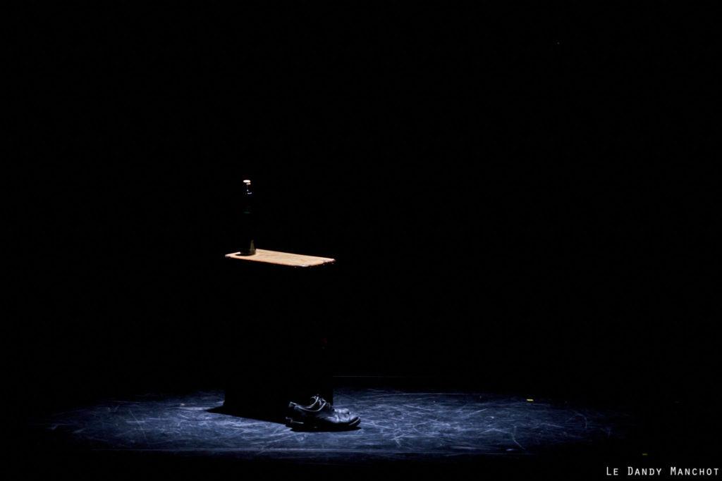"""L'avant spectacle de """"Ay Carmela"""" par la Cie Les Funambules à la commanderie de Vaour, le vendredi 13 mars 2020. Auteur : José Sanchis Sinisterra"""